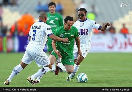 resized 1192712 763 - عکس/ دیدار تیم های فوتبال منتخب ستارگان ایران و جهان