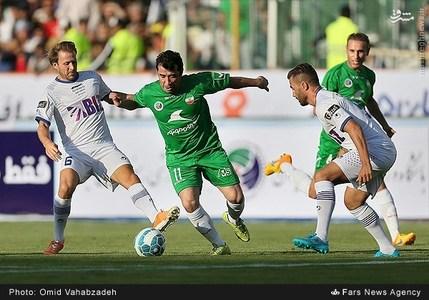 resized 1192714 681 - عکس/ دیدار تیم های فوتبال منتخب ستارگان ایران و جهان