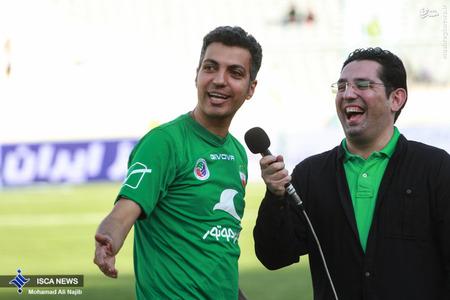 resized 1193104 950 - عکس/ دیدار تیم های فوتبال منتخب ستارگان ایران و جهان