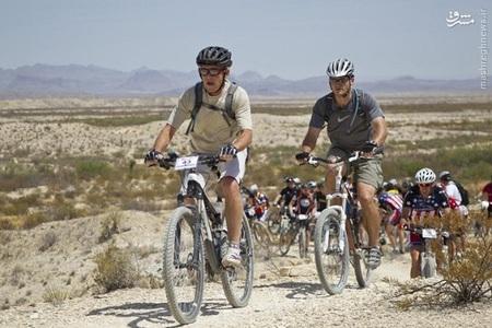 دوچرخه سواری جورج بوش در