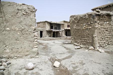 کوچ اجباری تعدادی از اهالی روستای تیامین بدلیل خشکسالی و کم آبی