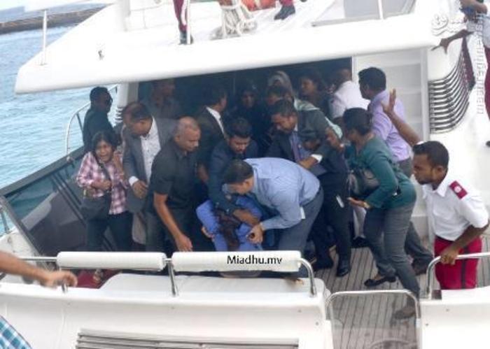 بر اثر انفجار در قایق