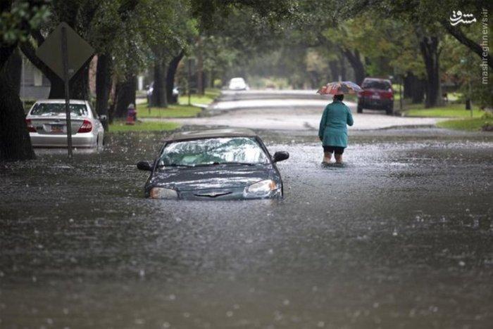 آبگرفتگی جاده ها حین بارندگی سنگین در «کارولینای جنوبی» آمریکا
