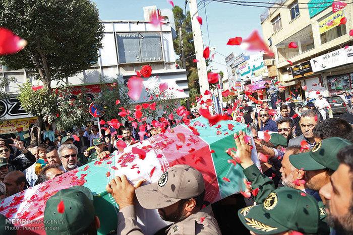 تشییع پیکر شهید مدافع حرم علیرضا قنواتی