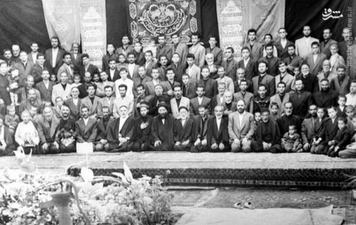 resized 1285365 594 تصاویر تاریخی از مراسمهای عزاداری