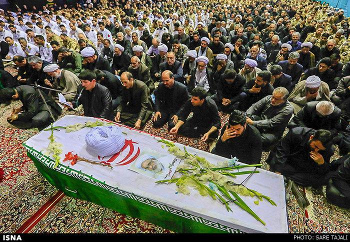 تشییع پیکر یکی از شهدای فاجعه منا در کرمان