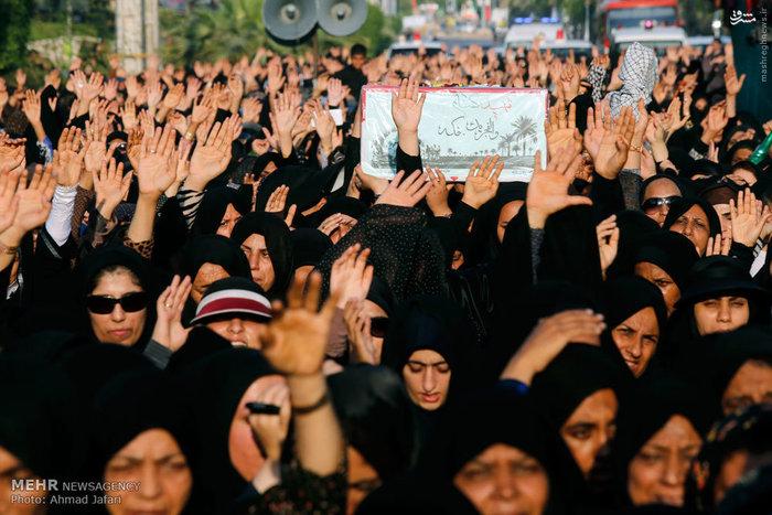 تشییع پیکر شش شهید گمنام در بندرعباس