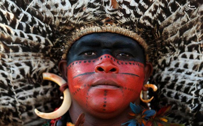 تصویر مردی از قبیله های محلی برزیل