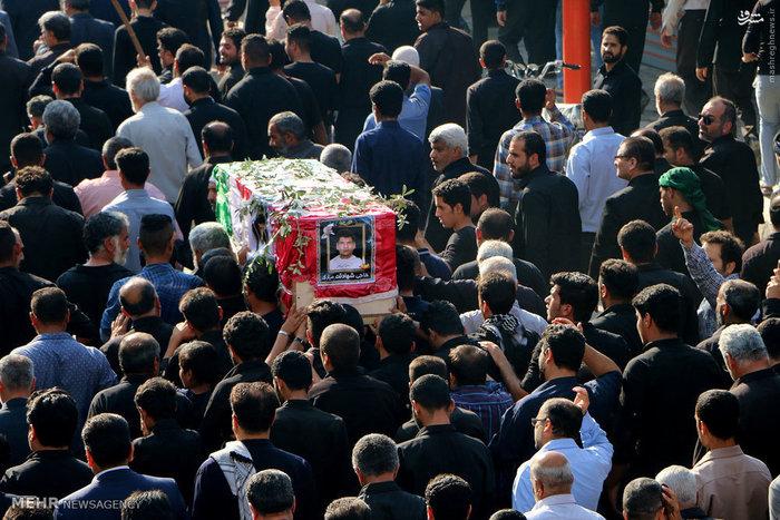تشییع پیکر حسین بغلانی از جانباختگان حادثه منا