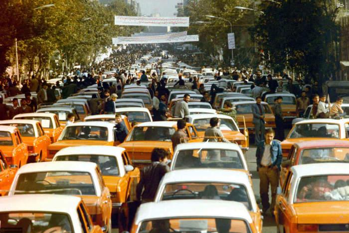تظاهرات تاکسیرانان تهران در مقابل لانه جاسوسی امریکا