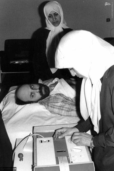 معاینه پزشکی گروگانهای آمریکایی در ایران توسط پزشکان الجزایری