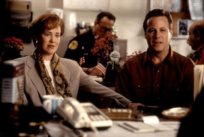 کاترین اوهارا و جان هرد که نقش مادر و پدر کوین را بر عهده داشتند.
