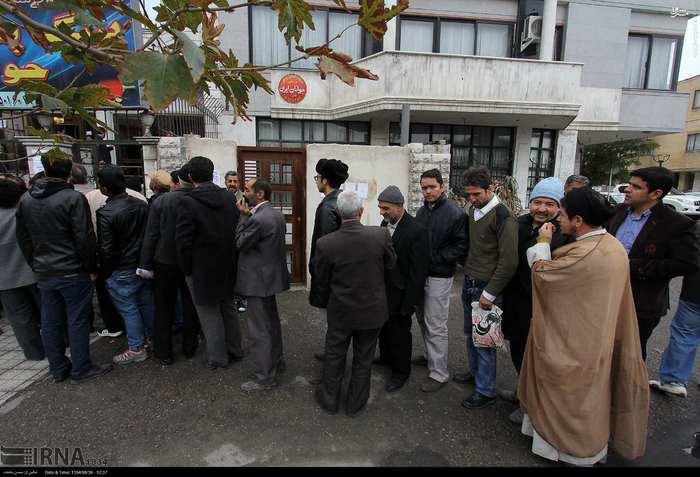 صف ویزای کربلا برای اربعین در مشهد