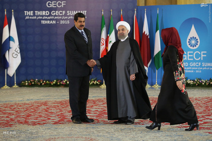 ورود سران کشورهای صادرکننده گاز به سالن اجلاس سران