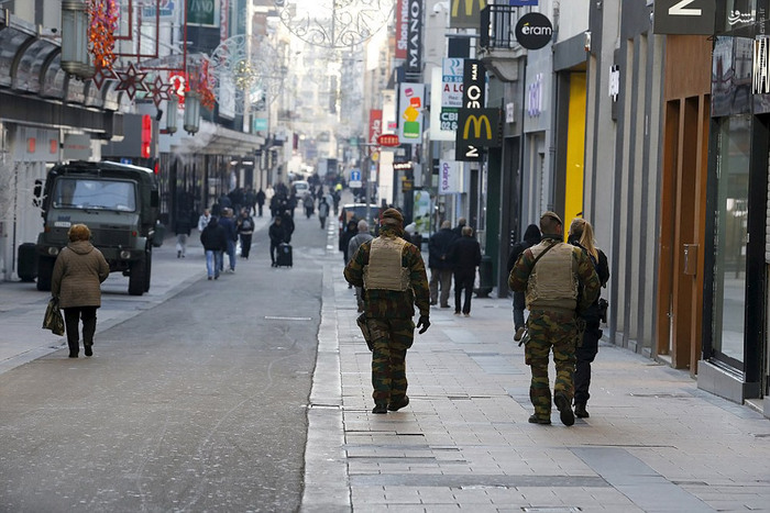 تعطیلشدن بروکسل بلژیک از ترس یک داعشی