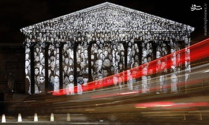 اجرای طرح یک هنرمند فرانسوی روی ساختمان مجلس شورای ملی پاریس با ویدئو پروژکتور