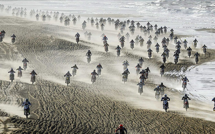 مسابقات موتوکراس ساحلی در هلند