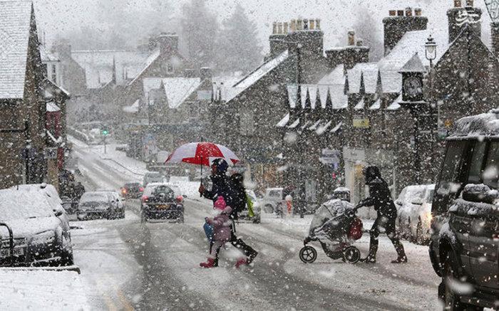 بارش شدید برف در اسکاتلند