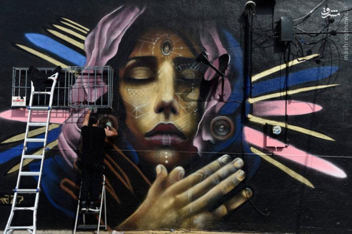ترسیم نقاشی دیواری در فلوریدا آمریکا