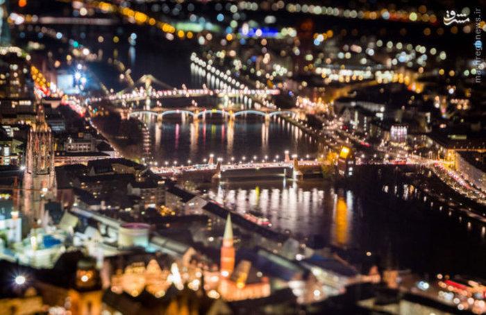 منظره شبانه شهر فرانکفورت آلمان