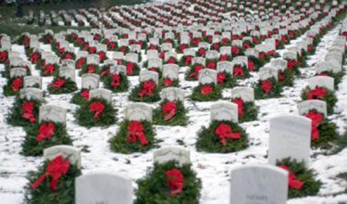 کریسمس در قبرستان آرلینگتون