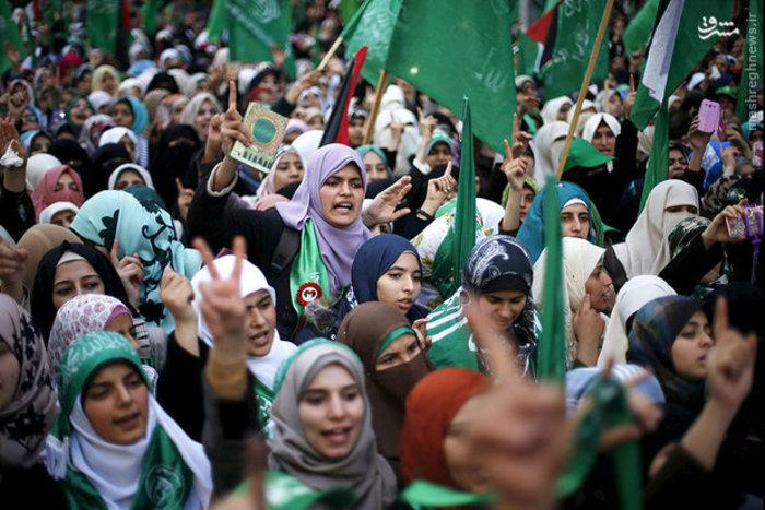 تجمع مردم فلسطین در بیست و هشتمین سالگرد تاسیس حماس