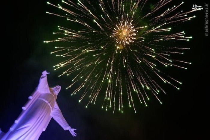 آتش بازی در جشن مریم مقدس در «بوگوتا» کلمبیا