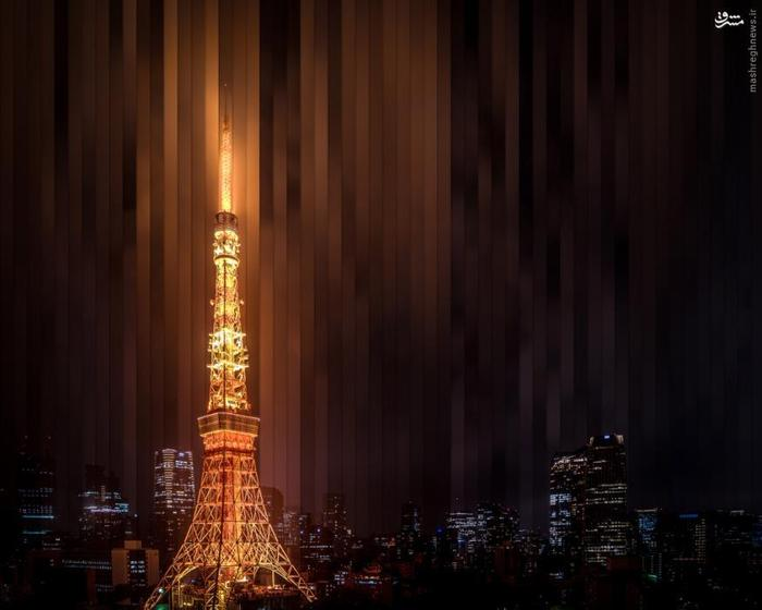 ترکیبی از برش ده ها تصویر از برج توکیو در قاب یک عکس