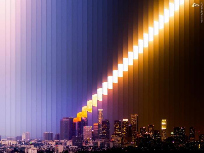 نمایش بالا رفتن ماه در یک شب  لسآنجلس، ایالات متحده