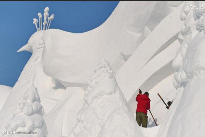 ساخت مجسمه برفی در «چانگچون» چین