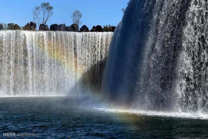 ساخت آبشار مصنوعی در چین
