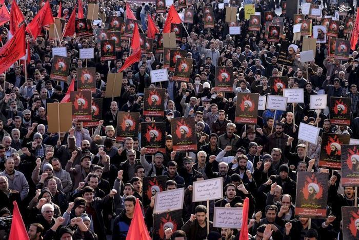 راهپیمایی اعتراضی علیه اعدام شیخ نمر در خیابان امام حسین(ع) تهران