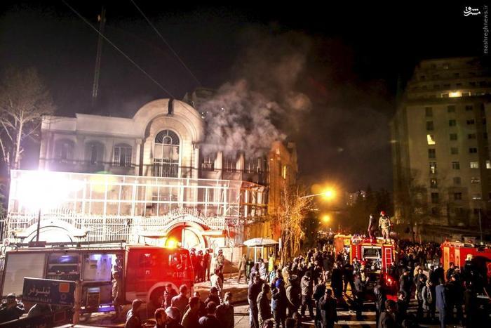 به آتش کشیده شدن سفارت عربستان در تهران توسط شماری از معترضان