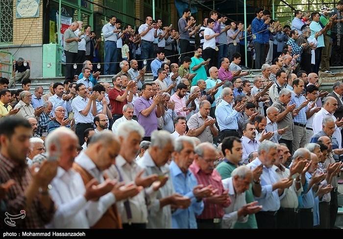 نماز عید فطر در امامزاده جعفر(ع) وحمیده خاتون (س) تهران