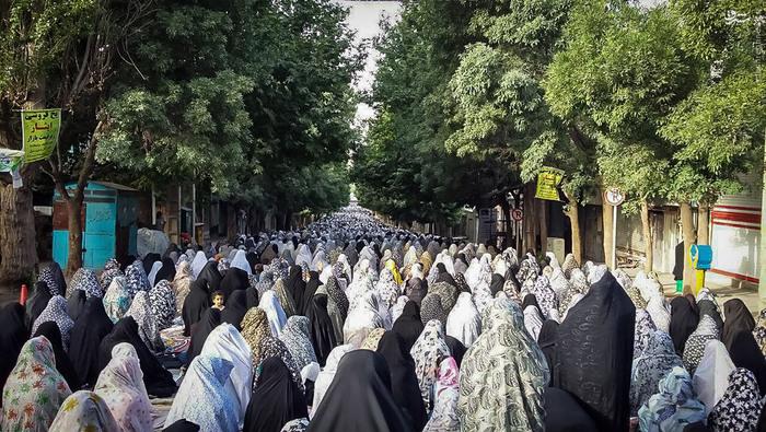 نماز عید فطر در هرسین کرمانشاه
