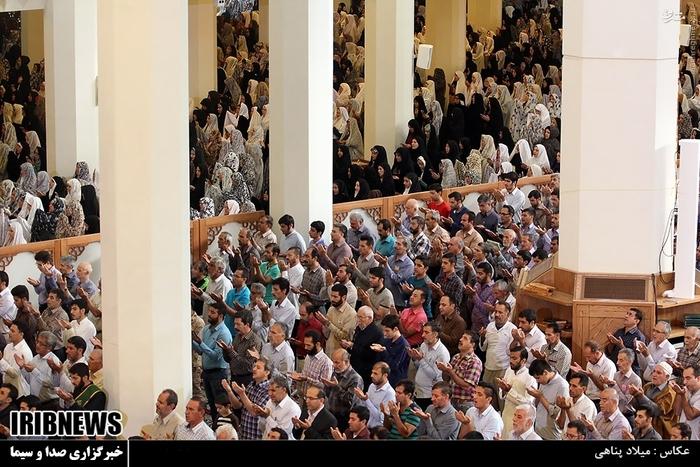 نماز عید فطر در حرم شاهچراغ