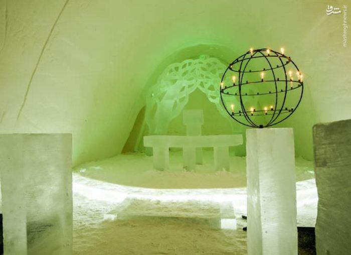 هتل برفیِ دریاچهی لتوجاروی٬ هتل برفیِ قطب شمال٬ هتل یخی