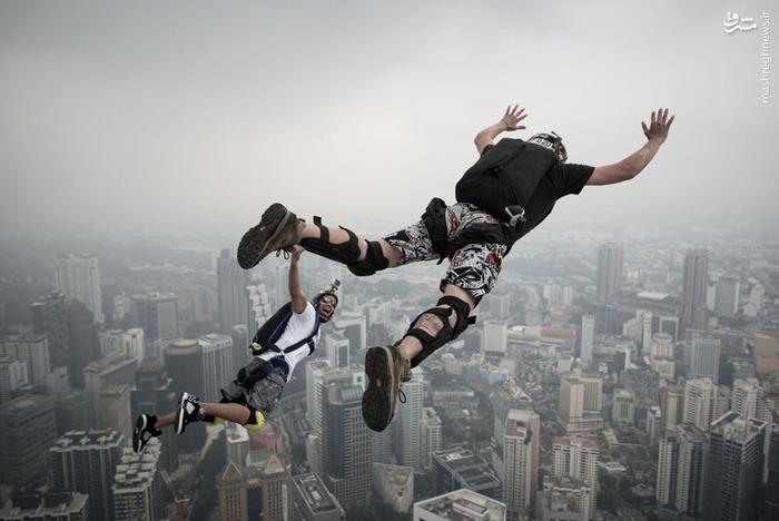 بیس جامپینگ,عکس های ورزشی بیس جامپینگ,ورزش سقوط آزاد,پرواز انسان