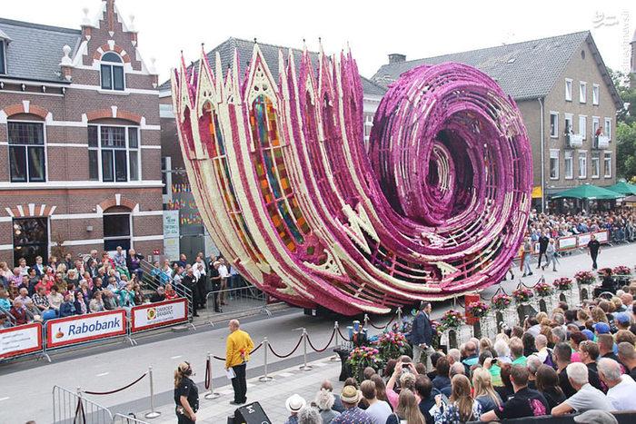 تصاویر: جشنواره گل در هلند,رژه گل های بزرگ,رژه گل های غولپیکر,جشنواره گل هلند
