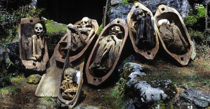 کابایان مجموعه ای از غارهای ساخت بشر است که در کشور فیلیپین قرار دارد، این غارها مملو از مومیایی های بسیار قدیمی هستند که به راحتی می توانند هرکسی را در این مکان تاریک به ترس اندازند.
